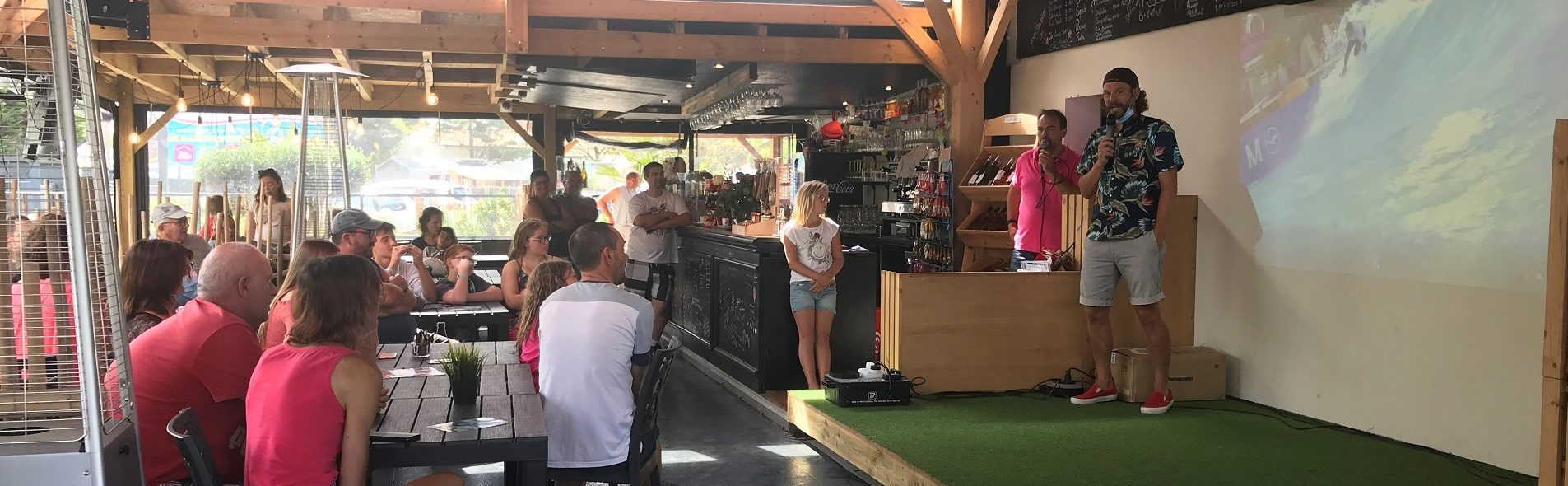 Camping Club Mahana : Bar Resto 1920 Diapo