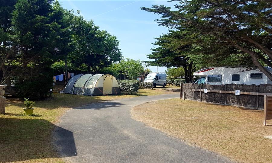 Camping Club Mahana : Emplacement