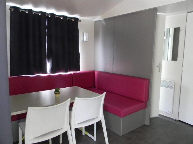 Camping-Club Mahana: Tahia Mobile Home living room