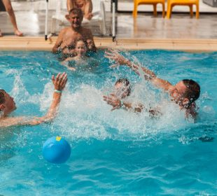Camping-Club Mahana: Water Polo Camping-Club Mahana By La Pège Vendée 85 (21)