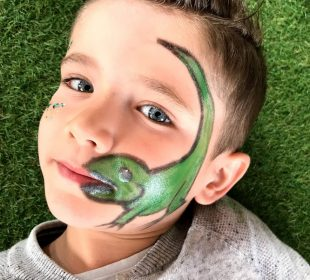 Camping-Club Mahana: Dino Make-up